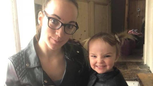 Criança de dois anos morreu depois de carro onde estava ter sido roubado