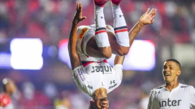 FC Porto atento ao percurso de Éder Militão