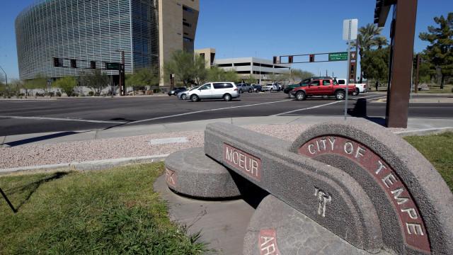 Arizona não muda leis na sequência de atropelamento de carro autónomo