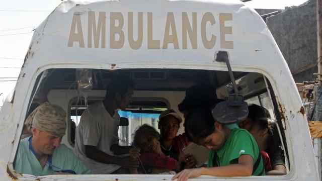 Dezanove mortos e 21 feridos em acidente de autocarro nas Filipinas