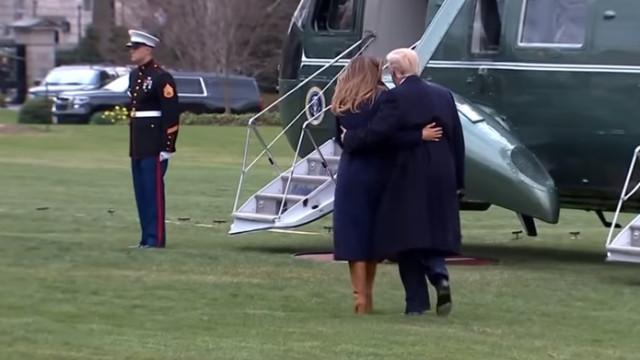 Trump teve finalmente um gesto romântico. Mas foi preciso um 'percalço'