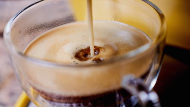 Óleo de coco no café: Porquê?