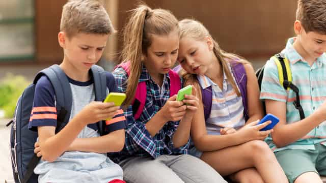 Programa online quer alertar jovens para perigos na Internet