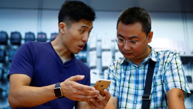"Amnistia Internacional acusa Apple de ""atraiçoar"" chineses"