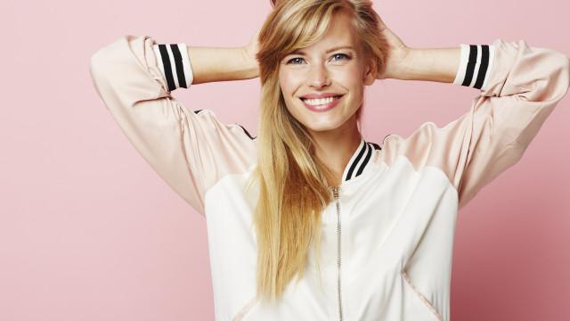 Strawberry blonde é a cor de cabelo para este ano