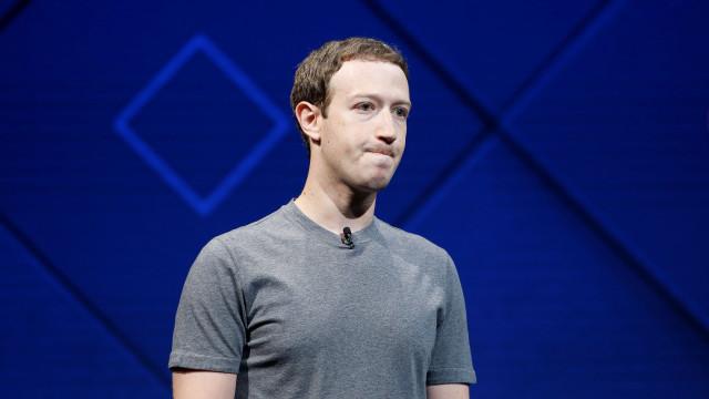 Zuckerberg deve sair do Facebook? Há quem diga que sim