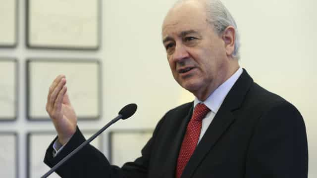 Rui Rio concorda com fim dos cortes salariais nos gabinetes dos políticos
