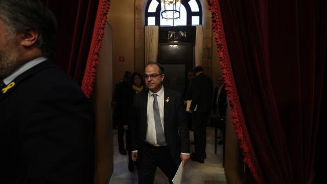 """Madrid vê """"provocação"""" na nomeação de detidos e exilados na Catalunha"""