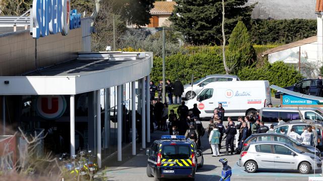 Terrorismo. Jovem português de 27 anos atingido na cabeça, revela amigo