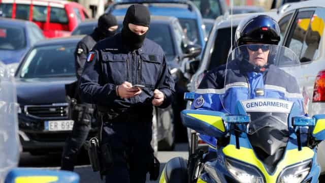 Português baleado em ataque terrorista em França já saiu do coma