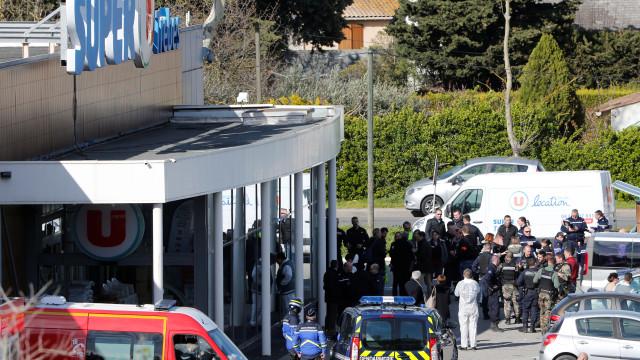 Em Carcassonne houve medo e um herói no dia em que terror voltou a França