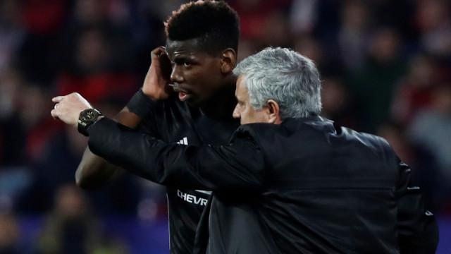 Mourinho rejeita primeira proposta do Barcelona por Pogba