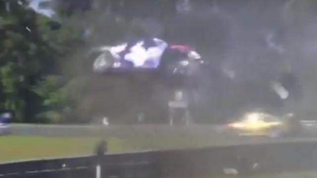 Brasil em choque: Carro capotou e deu oito voltas no ar