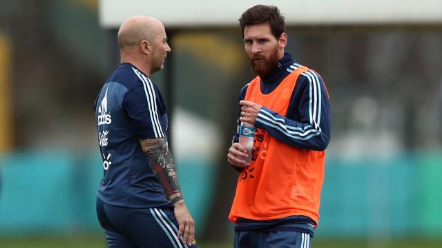 """Messi terá discutido com Sampaoli: """"Perguntaste-me quem queria na equipa"""""""