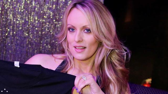 Empresa de ex-advogado de Trump desiste de ação contra atriz pornográfica