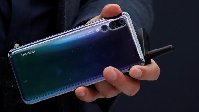 Huawei P20 Pro terá direito a novas cores em breve