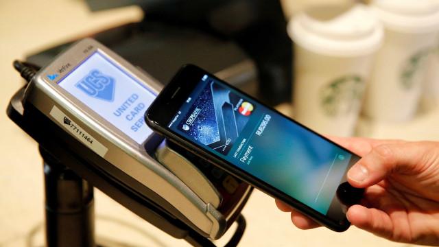 Sistema de pagamentos da Apple chega hoje ao Brasil