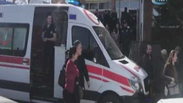 Tiroteio em universidade turca faz quatro mortos
