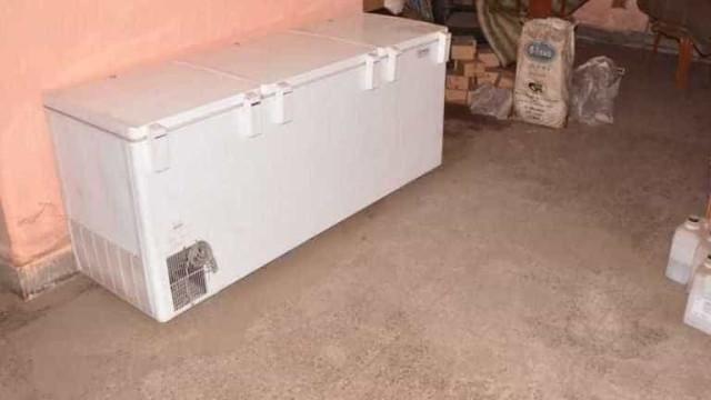 Detido homem que manteve cadáver da mãe em congelador durante três anos