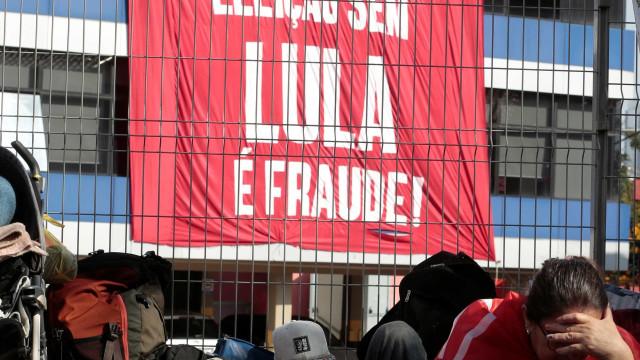 """""""Estaremos ao lado de Lula até que as suas garantias sejam respeitadas"""""""