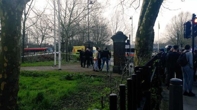 Em apenas 90 minutos, seis jovens foram esfaqueados em Londres