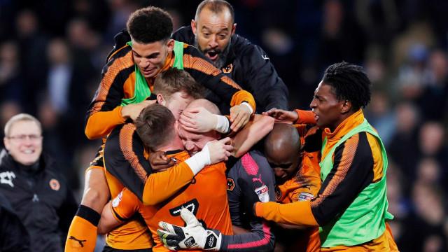 Wolverhampton alcança subida à Premier League