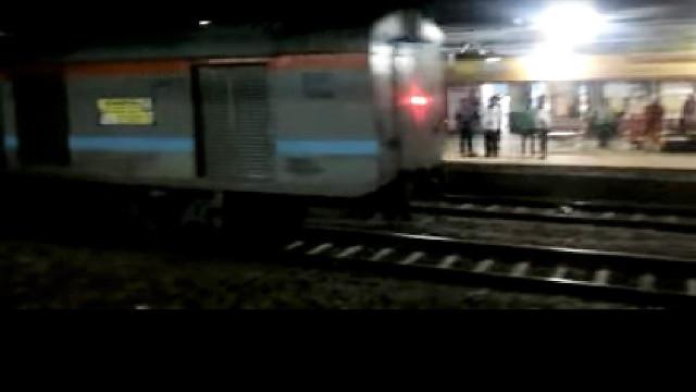 Comboio com passageiros circulou desgovernado ao longo de 15 km
