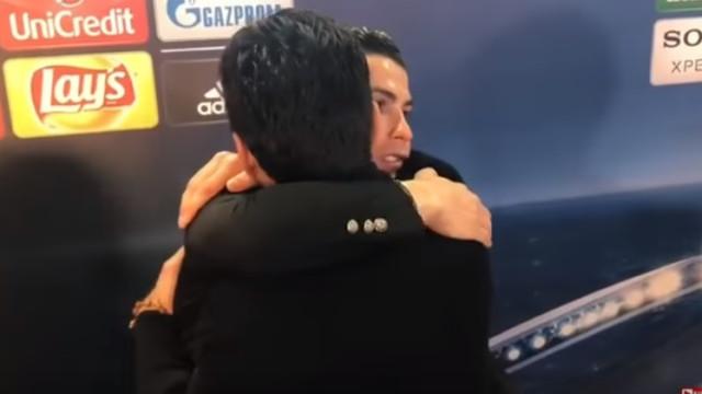 O gesto de CR7 para com Buffon que está a correr o mundo