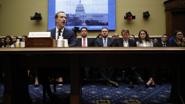 """Facebook reúne dados de quem não tem conta por """"segurança"""""""