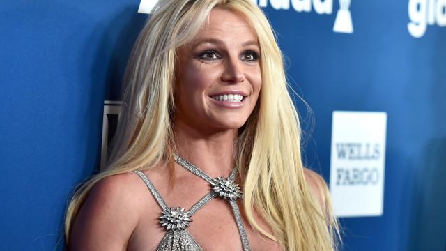 Britney Spears surpreende com look controverso. Espetacular ou odioso?