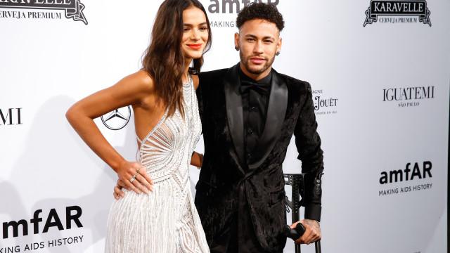 Namoro em risco? Neymar explica porque deixou de seguir Bruna Marquezine