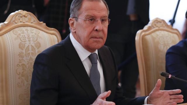 Ofensiva militar na Síria quis impedir investigação ao ataque químico