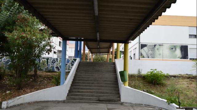 Portela: Cinco deputados juntos para debater papel da Escola Pública