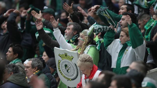 Autocarro com adeptos do Vit. Setúbal apedrejado após empate em Guimarães