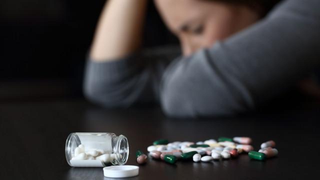 Medicamento em estudo promete rápidas melhorias no estado depressivo