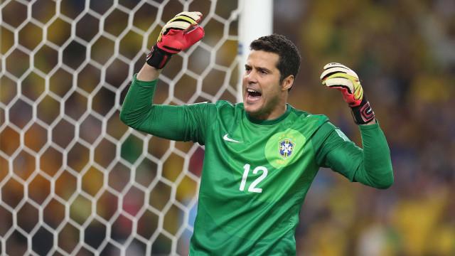 """""""Mourinho disse-me que, com uma mão, defendia mais do que Casillas"""""""