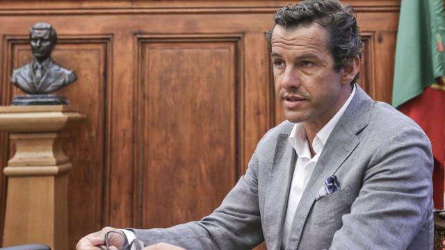 PSD defende que Siza Vieira já se devia ter demitido ou sido demitido