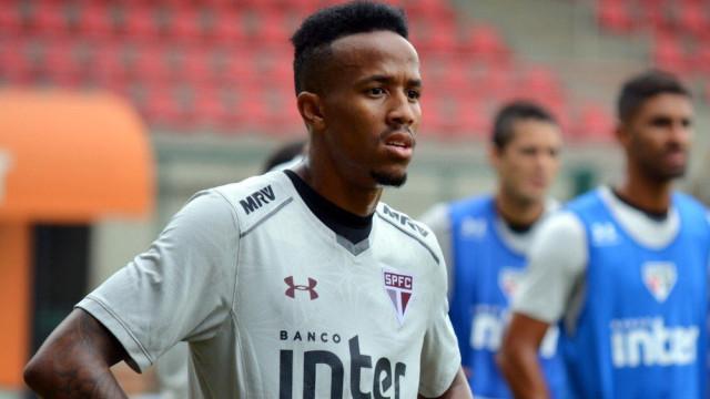 São Paulo e FC Porto chegam a acordo por Éder Militão