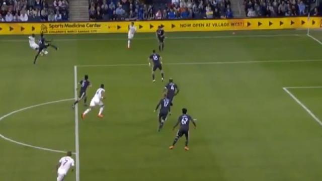 MLS: Zlatan não marcou, mas o jogo do Sporting Kansas teve um golaço