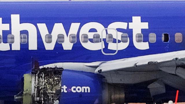 Southwest: Passageira sentada ao lado de vítima sugada descreve incidente