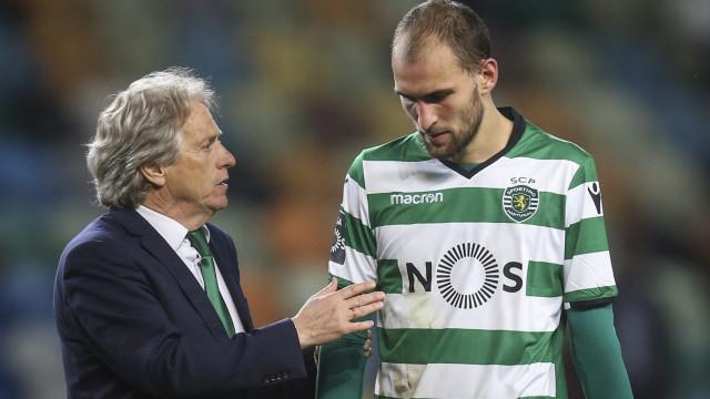 Acuña e Bas Dost também já saíram de Lisboa