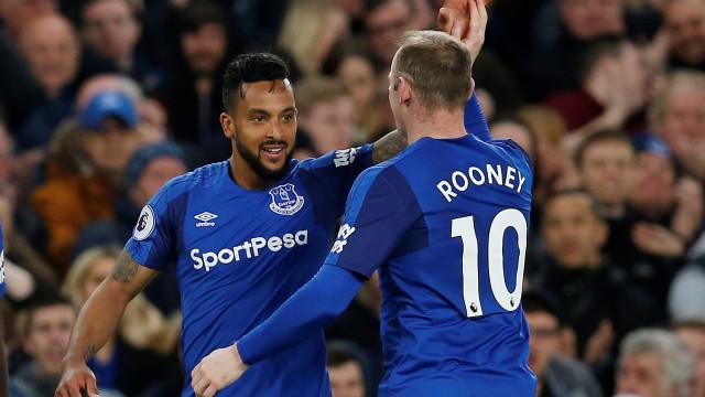 Everton vence Newcastle e sobe a oitavo na Premier League