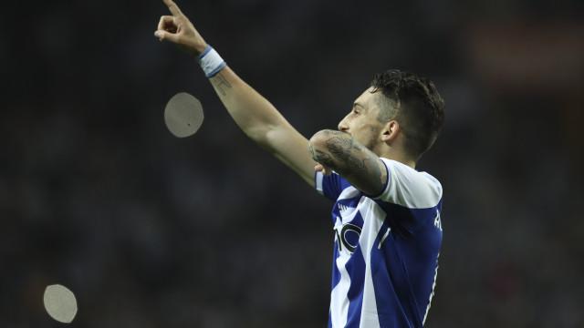 L'Équipe: Antero Henrique já trata de levar Alex Telles para o PSG
