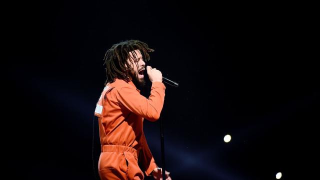 J. Cole é o novo recordista do Apple Music e Spotify