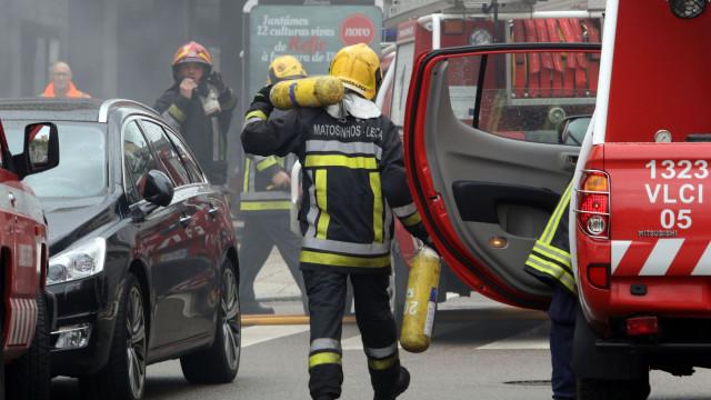 Autocarro em chamas em Matosinhos