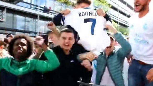 Loucura em Munique na chegada de Ronaldo e companhia