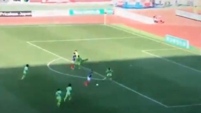 Hugo Vieira continua a brilhar no Japão e marca golo a lembrar... o City