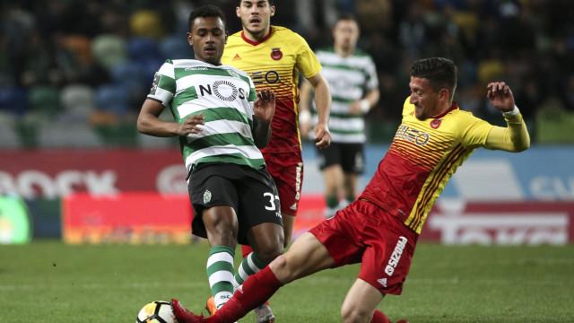 Wendel rendido à exibição de William Carvalho em Camp Nou