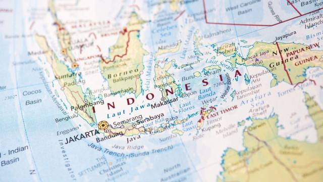 """Os 189 ocupantes do avião indonésio estão """"provavelmente"""" mortos"""
