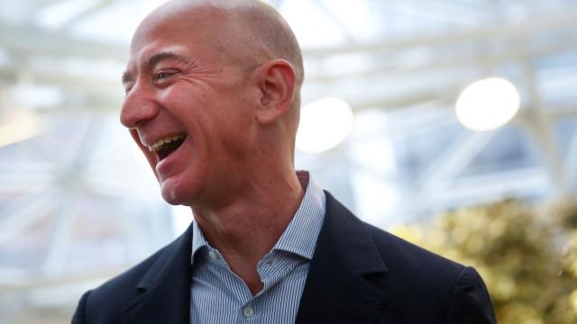 Jovens confiam mais na Amazon e PayPal do que nos seus bancos
